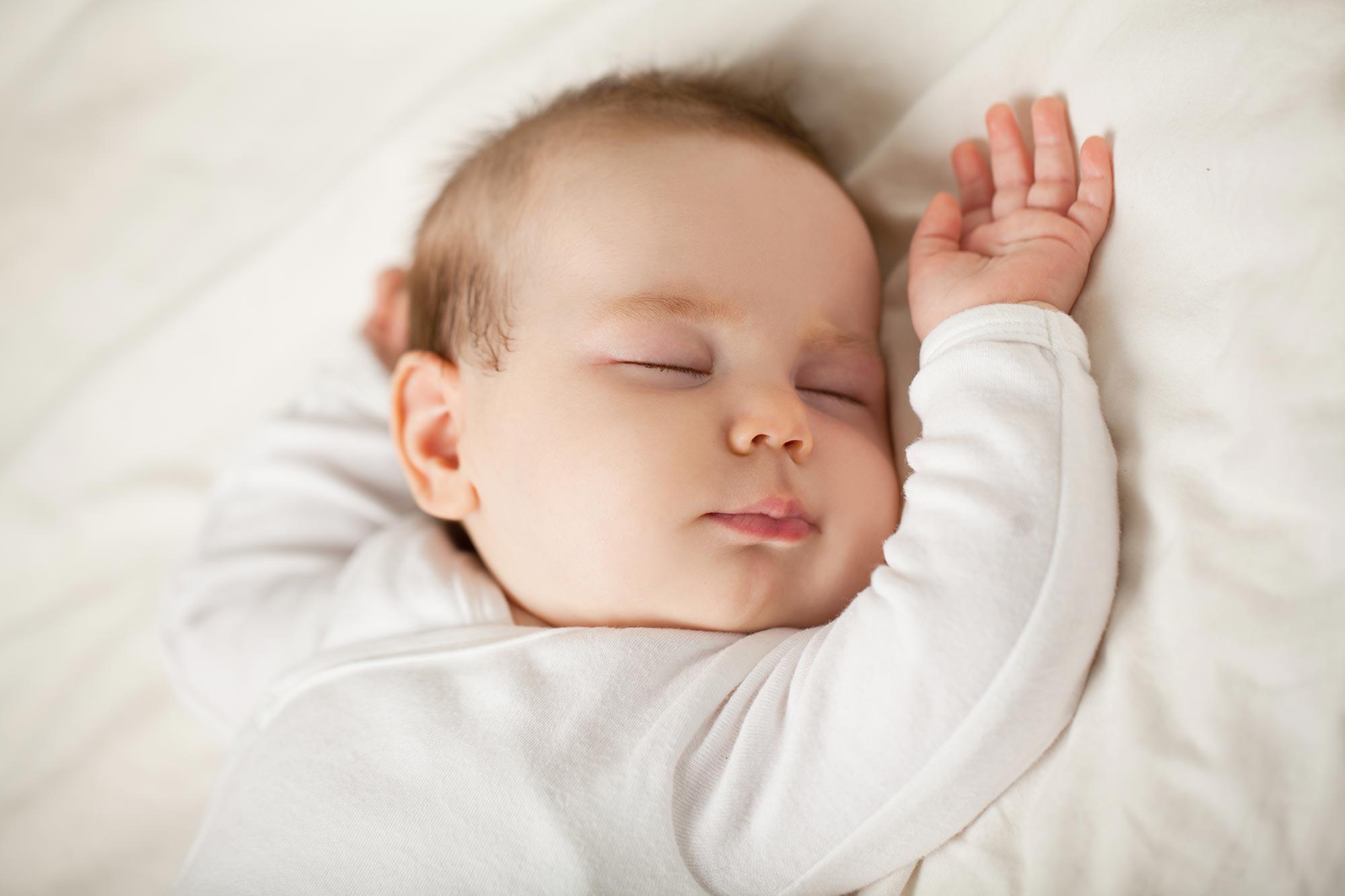 Baby schläft nicht - Tipps was du dagegen tun kannst