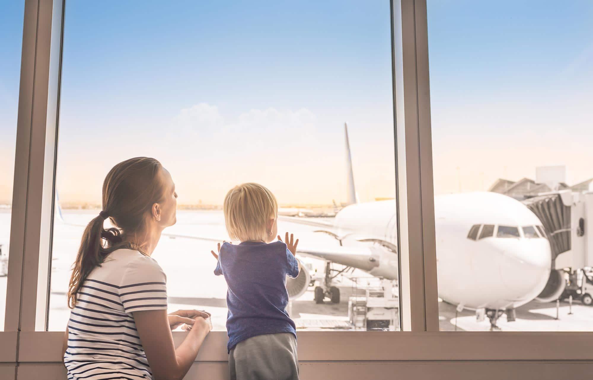 Kinder-Unterhaltung auf Langstreckenflügen