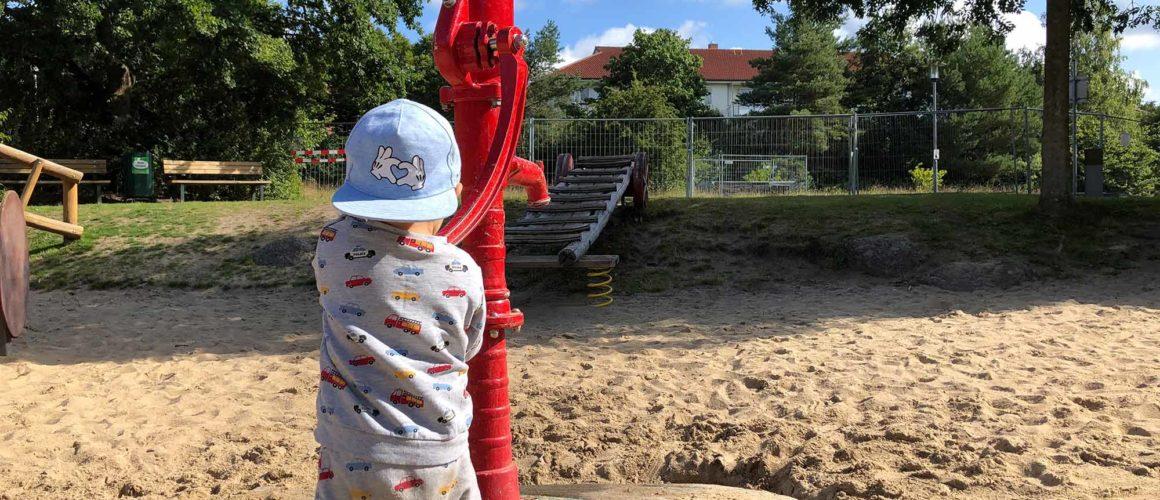 Feuerwehr Spielplatz: Spielen direkt am Feuerwehr-Museum in Norderstedt